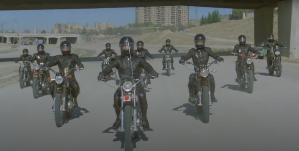 Bud Spencer - Különben dühbe jövünk - a motoros banda