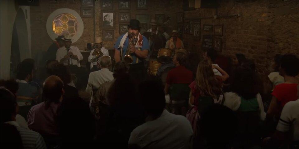 Bud Spencer - Nincs kettő négy nélkül - Greg Wonder szaxofonozik
