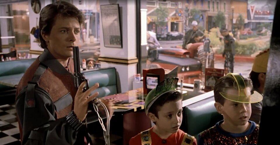 Vissza a jövőbe 2 idézetek - Marty a mesterlövész